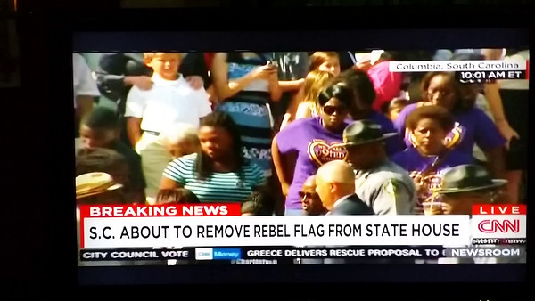 SOUTH CAROLINA CONFEDERATE FLAG COMES DOWN - FRIDAY, JULY 10, 2015